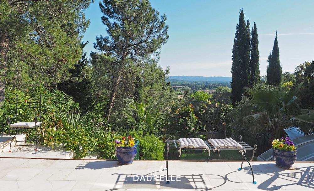 Villa à vendre avec vue sur les Alpilles à Châteaurenard