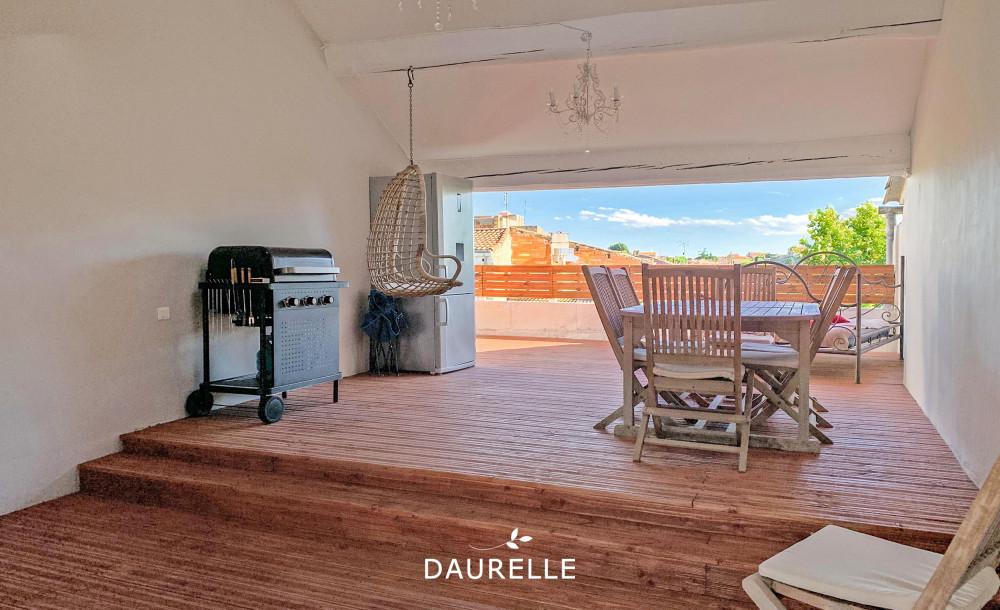 Maison de ville 4 chambres avec terrasse de toit à vendre à Châteaurenard